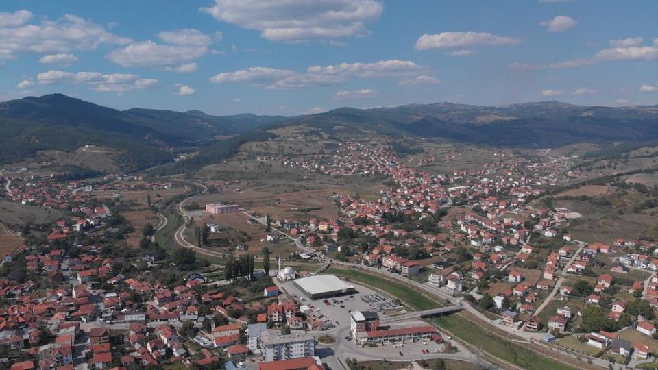 Hungary helps young people to stay and build their local community in Kosovo